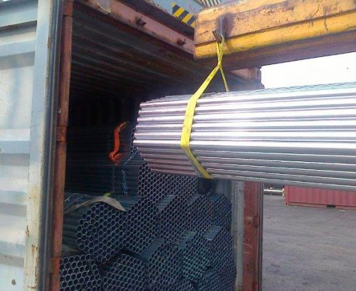 Storage of raw material - steel pipes - Logistic