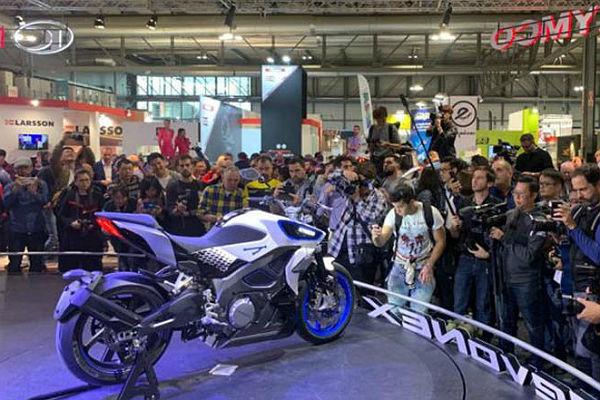 SALON-DE-MILAN-2019-MOTOS-ELÉCTRICAS-FRENTE-COMBUSTIÓN